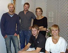 Roomservice besöker Emma & Hans Wiklund (foto kanal 5)