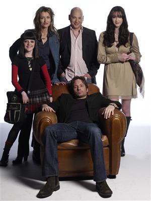 Californication. David Duchovny, Madeleine Martin, Natascha McElhone, Evan Handler och Madeline Zima. FOTO: CBS/TV4