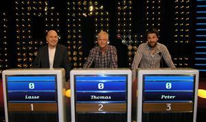 Jeopardy! Fr v Lasse Karlsson, Thomas Järvheden och Peter Magnusson. Foto: Tora Svensson/TV4