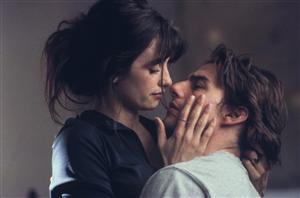 Penelope Cruz som Sofia Serrano och Tom Cruise som David Aames. Foto: Paramount Pictures/TV4.