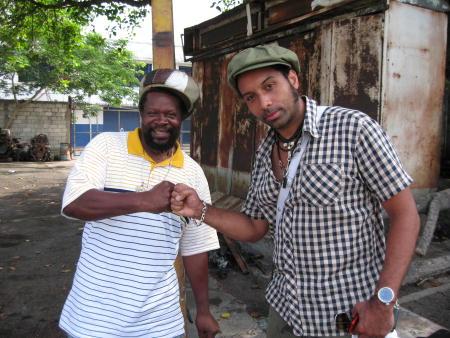 Earl Flabba Holt och Papa Dee på Jamaica. Foto:Helene Granqvist