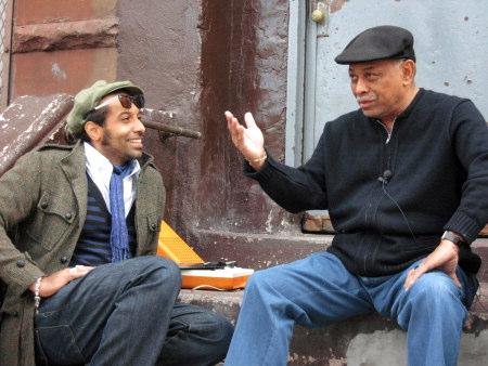 Papa Dee i New York. Här möter han bla Joe Bataan.Foto Helene Granqvist