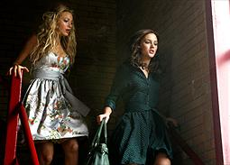 Blake Lively som Serena & Leighton Meester som Blair.