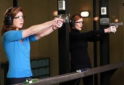 Dana Delany som Katherine Mayfair & Marcia Cross som Bree Van De Kamp.Foto:Disney.