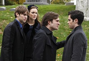 Chace Crawford som Nate, Leighton Meester som Blair, Ed Westwick som Chuck & Penn Badgley som Dan. Gossip Girl Foto:Warner Bros.